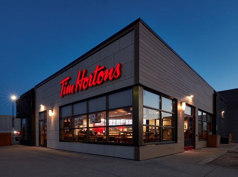 From the inside and out, the new image welcomes Tim Hortons® Guests with warmth before they even enter the Restaurant. (CNW Group/Tim Hortons)