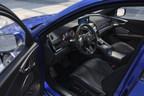 El RDX de tercera generación es el modelo RDX más rápido y de mejor manejo de todos los tiempos, con una cabina y un espacio de carga de primera clase, y una multitud de innovadoras tecnologías Acura.