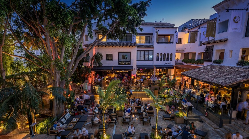 La Plaza and Nobu restaurant at night (PRNewsfoto/Nobu Hotel Marbella)