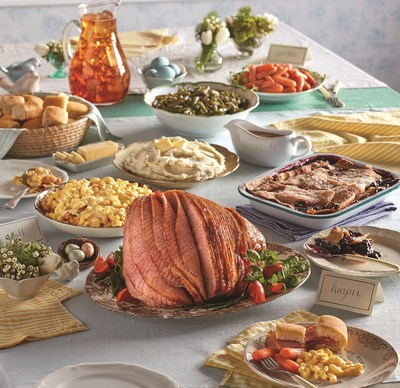 This Easter, Cracker Barrel Old Country Store and Operation Homefront helped provide 400 military families a Heat n' Serve Easter Family Meals To-Go. The meal serves up to 10 people and includes spiral sliced ham, mashed potatoes, roasted gravy, three country sides, sweet yeast rolls and sweet blackberry cobbler, all accompanied with a gallon of iced tea.