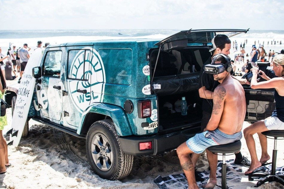 The World Surf League (WSL) and the Jeep® brand announce the release of their virtual reality (VR) experience, Jeep® Sessions: A Surfing Journey in 360° leading into year-long 2018 surf season. Surf fans all over the world can experience Jeep® Sessions: Surfing in 360° at WSL events throughout the year, including Vans US Open of Surfing, Quiksilver Pro France, Billabong Pipe Masters and Hawaii Women's Pro.