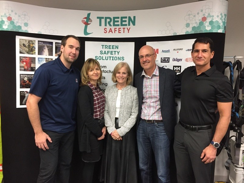 From left to right : Brent Knull : Purchasing Manager Treen Safety, Nathalie Cardinal : Vice-President Human Resources SPI Health and Safety, Lillian White : President Treen Safety, Martin Tremblay: President SPI Health and Safety, Stan Stathis: Sales Manager Treen Safety (CNW Group/SPI Health and Safety)