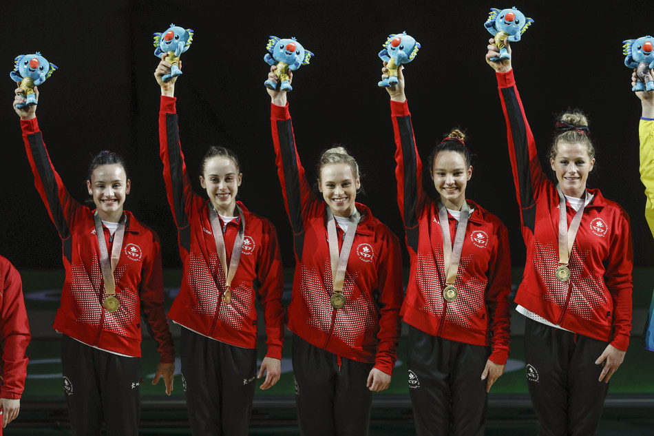 Canadian Women's Artistic Gymnastics Team captures Team Gold at the 2018 Commonwealth Games (CNW Group/Commonwealth Games Association of Canada)