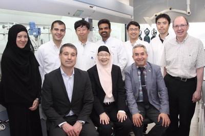 The NanoBio Lab and Hydro-Québec research team. (CNW Group/Hydro-Québec)