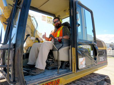 Injured veterans and guests recently participated in a Wounded Warrior Project® (WWP) event where they learned how to operate heavy-duty bulldozers and other construction equipment.
