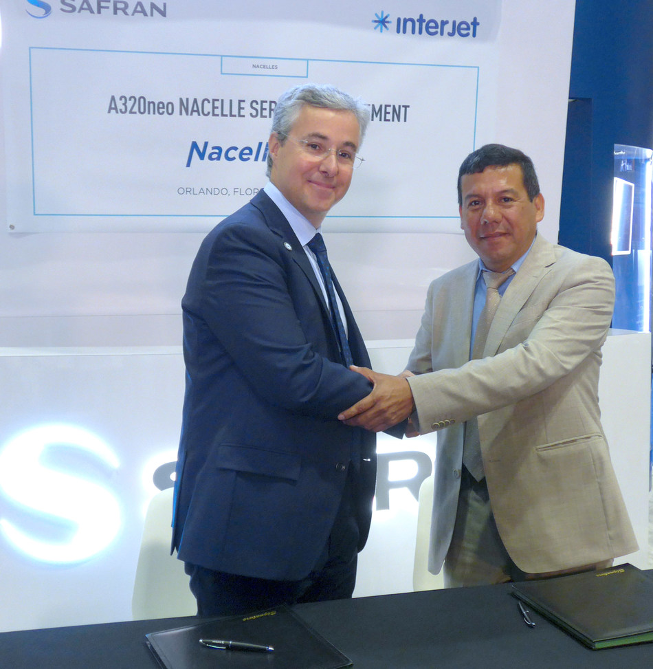 Safran Nacelles' agreement with Interjet to provide repair services and spares pool resources for engine nacelles on the Mexican airline's Airbus A320neo-series jetliners was signed at the MRO Americas conference in Orlando, Florida by Olivier Savin, Safran Nacelles' Vice President of Customer Support & Services (at left) and Edvin López, Senior Vice President - Engineering and Maintenance, Interjet (PRNewsfoto/Safran Nacelles)