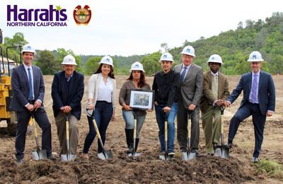 Caesars Entertainment Announces Agreement to Bring Harrah's-Branded Tribal Casino to Northern California (from left to right)  Caesars Senior Director Development Bryant Pettey, BVGA Director Ronald Pina, BV Council Vice Chair Jessalynn Pastran, BV Council Chairwoman Rhonda Morningstar Pope Flores, BV Councilman Jesse Archuleta, BVGA Director Jeremy Bernan, BVGA Chairman Samuel L. Jackson, Caesars Regional President Robert Livingston
