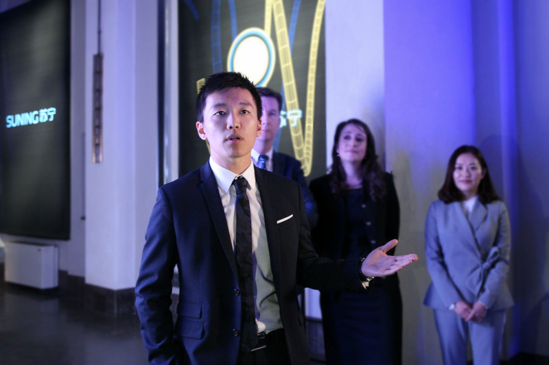 Steven Zhang, VP of Suning International, said that Suning's appearance at the design week demonstrated the company's ambition to connect with more global brands and designers to create innovative and specific experience for the new generation consumers