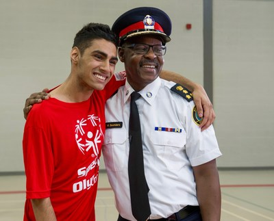 Toronto Police Service and Special Olympics Ontario have announced Toronto will act as the host city for the first-ever Invitational Youth Games (IYG), May 14-17, 2019. Toronto Police Chief Mark Saunders was also announced as the Honorary Chair, seen here with SOO athlete, Alex Suprai, Maplewood High School, Ontario. (CNW Group/Special Olympics Ontario)