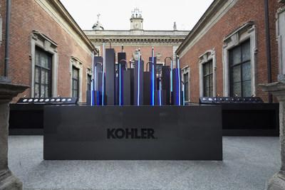 Os acabamentos Ombré da Kohler usam superfícies transparentes e mínimas para realçar as transições entre as cores e os elementos gráficos. Conjuntos curados de combinações de cores incluem ouro rosé e níquel polido, titânio e ouro rosé. (PRNewsfoto/Kohler Co.)