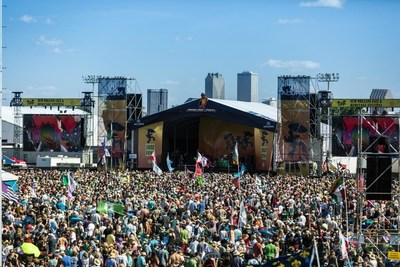 Acura Returns for Another Year of Celebrating Music and Arts at the New Orleans Jazz & Heritage Festival (PRNewsfoto/Acura)
