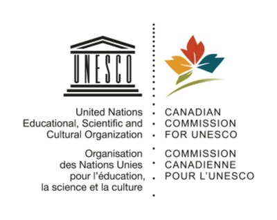 Logo : Commission canadienne pour l'UNESCO (Groupe CNW/Geoparc Mondial Unesco de Percé)