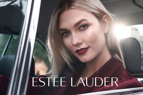 Karlie Kloss é anunciada como a mais nova porta-voz modelo global e embaixadora da marca Estée Lauder (PRNewsfoto/Estée Lauder)
