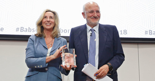 Entrepreneur and family business leader Juan Roig has been honored by Babson College with induction into the Academy of Distinguished Entrepreneurs® (ADE) as part of Babson Connect: Worldwide in Spain. Roig was awarded at a private ceremony on Thursday, April 19, 2018, in EDEM Business School, Valencia, the institution that also simultaneously hosted The 2018 Babson Collaborative Summit. Babson President Kerry Healey, left, presented the honor.