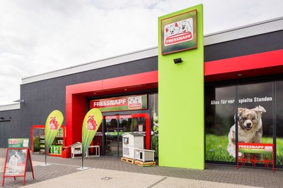 The Fressnapf Group is the market leader in pet supplies in Europe, with around 1,500 specialty stores in eleven European countries and more than 11,000 employees.