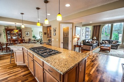 Today's Home Buyers Drawn to Clean, Bright and Move-in Ready Homes; Limited Listing Inventory Can Demand Compromise, RE/MAX Brokers Report