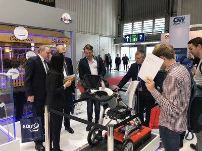 Foreign visitors are interested in CASIC's ground-penetrating radar at the 2018 Hannover Messe. The ground-penetrating radar is extremely striking as it is able to make nondestructive testing of facilities, pipelines, geological structures that are 0-20m underground and has a wide range of applications in the railway, bridge, tunnel and airport construction and prospecting. (PRNewsfoto/CASIC)