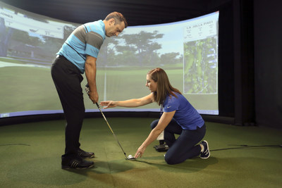 Golf lesson at PGA TOUR Superstore