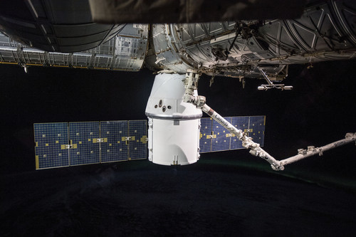 SpaceX's Dragon cargo craft arrived at the International Space Station April 4, 2018, on the company's 14th station resupply mission. After delivering more than 5,800 pounds of science investigations and crew supplies, the Dragon is scheduled to depart the station May 2, 2018, returning to Earth with more than 4,000 pounds of cargo, including science samples from human and animal research, biology and biotechnology studies, physical science investigations and education activities. Credit: NASA