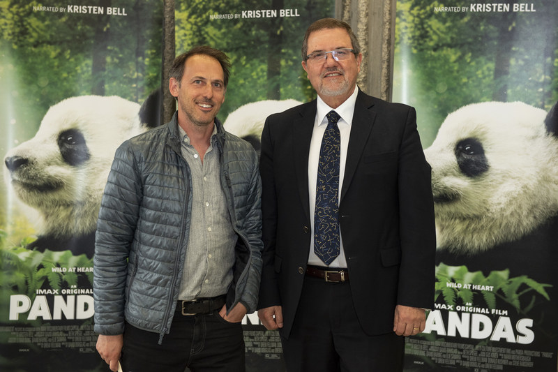 Drew Fellman (co-director, writer and producer) and Maurice Bitran (CEO and Chief Science Officer, Ontario Science Centre) at today's Pandas advance IMAX® screening. The family-friendly documentary adventure opens on April 28 at the Ontario Science Centre for an exclusive engagement in Toronto. (CNW Group/Ontario Science Centre)