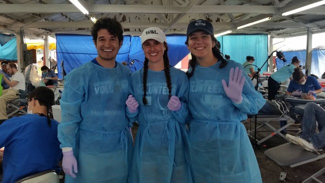 Three SHECP Interns in rural Kentucky helping people in poverty at Frontier Nursing University.