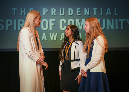 Olympic gold medalist and World Cup champion Lindsey Vonn congratulates Anjali Chadha, 15, of Louisville (center) and Rachel Ritchie, 14, of Vine Grove (right) on being named Kentucky's top two youth volunteers for 2018 by The Prudential Spirit of Community Awards. Anjali and Rachel were honored at a ceremony on Sunday, April 29 at the Smithsonian's National Museum of Natural History, where they each received a $1,000 award.