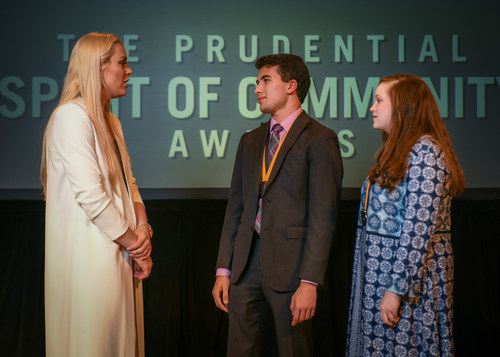 Olympic gold medalist and World Cup champion Lindsey Vonn congratulates Zachary Wolfson, 18 (center) and Sydnee Floyd, 13 (right), both of Franklin, on being named Tennessee's top two youth volunteers for 2018 by The Prudential Spirit of Community Awards. Zachary and Sydnee were honored at a ceremony on Sunday, April 29 at the Smithsonian's National Museum of Natural History, where they each received a $1,000 award.