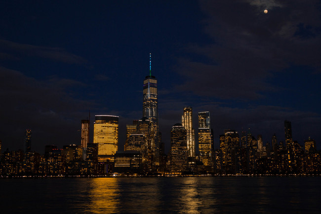One World Trade Center (NY) Turquoise Takeover Illumination: One World Trade Center in New York, NY, illuminates in turquoise to support the American Lung Association's LUNG FORCE initiative.