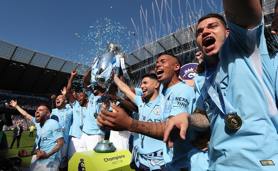 Nexen Tire Celebrates as English Premier League Champions Manchester City Hold the Trophy