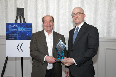 Bennett C. Verniero (left) and Jim Williamson of Chubb North America accept the 2018 Celent Model Insurer Award in the Digital and Omnichannel Technologies segment for Chubb's intuitive new digital platform – the Chubb Small Commercial Marketplace®