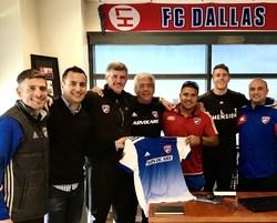 Left to Right: Luchi Gonzalez (FC Dallas), Israel Lugo (Golazo), Chris Hayden (FC Dallas), Francisco Molina (FC Dallas), Hector Veliz (Golazo), Sebastian Sobczak (Golazo), Esmundo Rodriguez (Golazo)