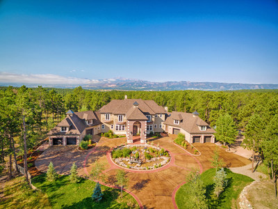 This 45-acre estate in Colorado Springs has sold and closed for a price of nearly $2.5 million, following a live auction for the property that was held on March 3, 2018. The sale price ranks at the highest in the past 3 years within Colorado's 130-square-mile Black Forest market area. Luxury real estate auction firm Platinum Luxury Auctions managed the sale in cooperation with listing brokerages LIV Sotheby's International Realty and Action Team Realty. Learn more at PlatinumLuxuryAuctions.com.