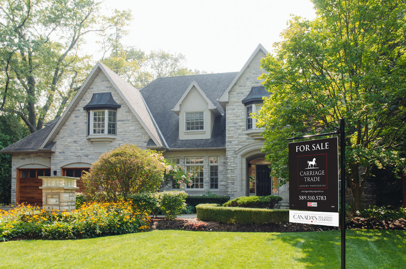 Luxury Home Values in the Majority of Regions Across Canada Grow in 2018, Despite Headwinds Created by Several Residential Real Estate Policies (CNW Group/Royal LePage)