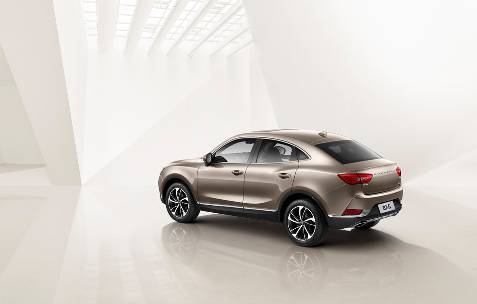BX6 with the fastback GT contourv