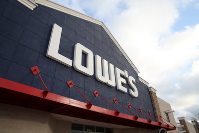 Just in time for Father's Day, select CRAFTSMAN mechanics tool sets, tool storage, garage organization, flashlights and pressure washers can now be purchased at Lowes.com/Craftsman and in Lowe's stores nationwide.
