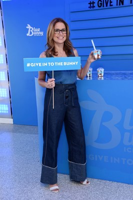 "Actress and author Jenna Fischer joins Blue Bunny at New York City's Top of the Rock to help people ""Give In To The Bunny"" and say ""yes"" to fun. Photo credit: Michael Simon for Blue Bunny"