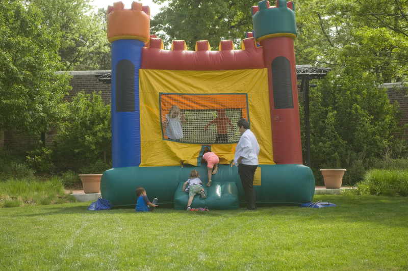Children enjoying themselves at the annual foster family recognition event