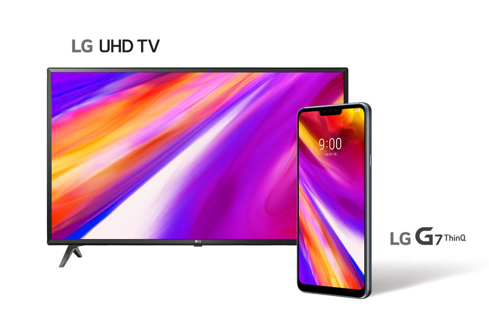"To celebrate the coming release of the latest LG smartphone in Canada, participants who pre-order a new LG G7ThinQ (LM-G710AWM) from a participating operator or retailer between May 18, 2018 and May 31, 2018 will be eligible to receive a 43"" LG 4K UHD Smart TV (43UK6300). (CNW Group/LG Electronics Canada)"
