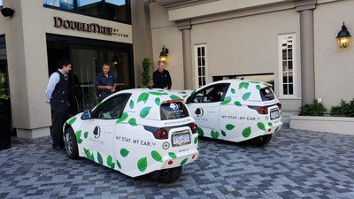 Electra Meccanica SOLO at DoubleTree by Hilton Hotel & Suites (CNW Group/ElectraMeccanica Vehicles Corp.)