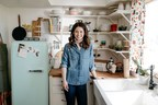 """Molly Yeh Joins Food Network With Brand-New Series """"Girl Meets Farm"""""""