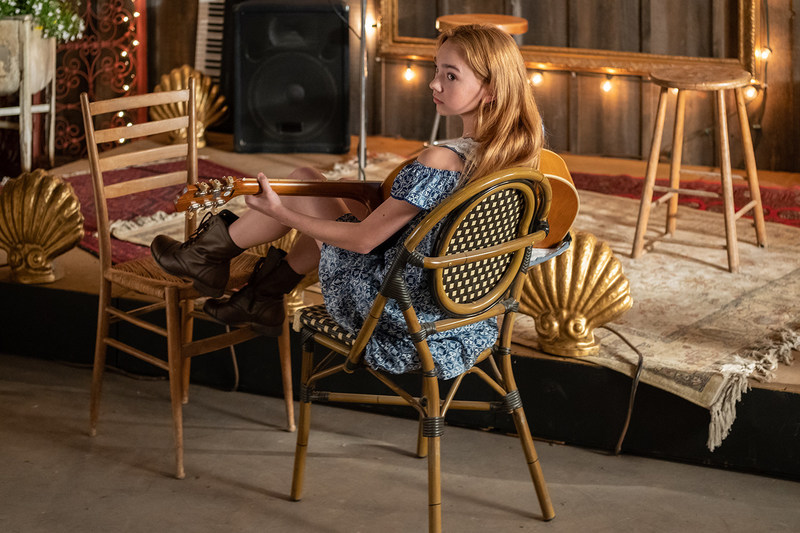Ruby Jay stars as Holly Hobbie in the new tween series. (CNW Group/DHX Television)