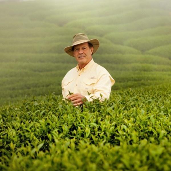 Le fondateur de Young Living, D. Gary Young, est décédé (PRNewsfoto/Young Living Essential Oils)