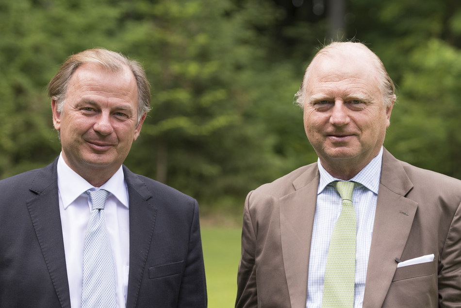 Christoph (left) and Martin Schoeller, Managing Partners Schoeller Group and Co-Chairmen Schoeller Allibert (PRNewsfoto/Schoeller Group GmbH)