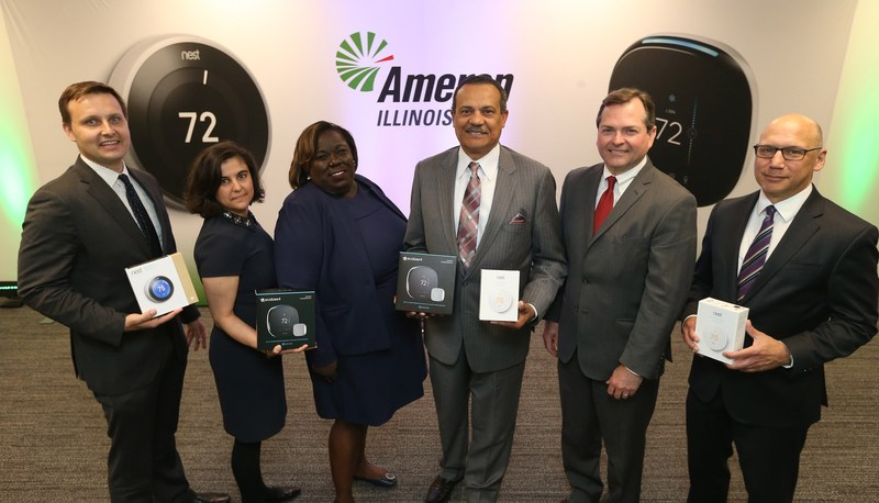 (From L) Dave Bend – Nest, Jackie Asch – ecobee, Kristol Simms – Ameren Illinois, Richard J. Mark – Ameren Illinois, Brien Sheahan – Illinois Commerce Commission, Rob Kelter – Environmental Law & Policy Center