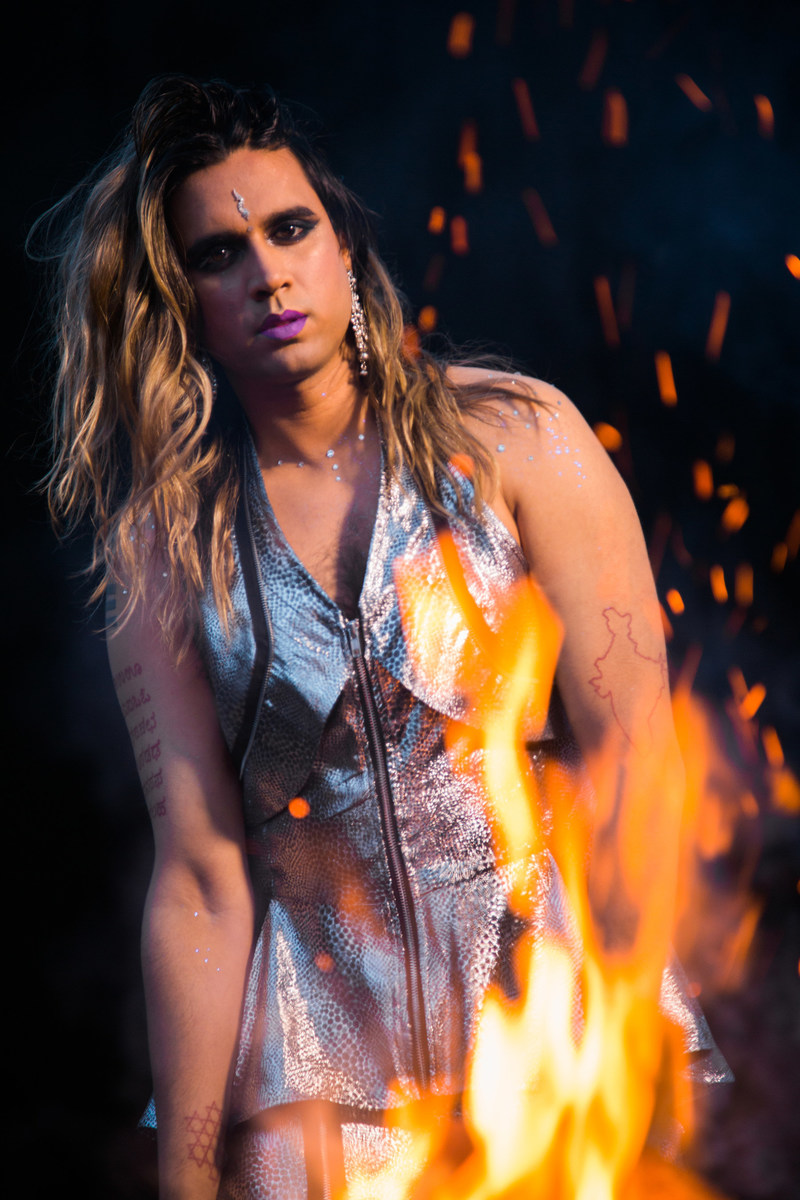 Vivek Shraya is an artist whose body of work crosses the boundaries of music, poetry, fiction, visual art, and film. Photo by Zachary Ayotte. (CNW Group/Penguin Random House Canada Limited)