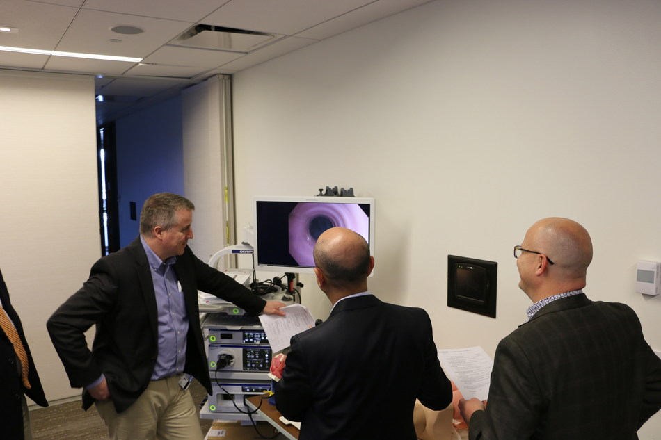 Clinicians at the American College of Chest Physicians' Simulation Center in Glenview, IL using equipment provided by Olympus.
