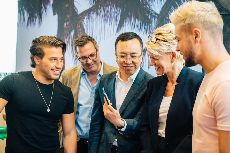 From left to right: Kem Cetinay, Grant Stevenson, George Zhao, Paula Cave, Chris Hughes