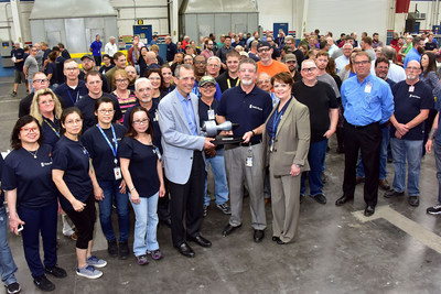 Spirit AeroSystems BR725 team with the Rolls-Royce Supplier of the Year trophy.