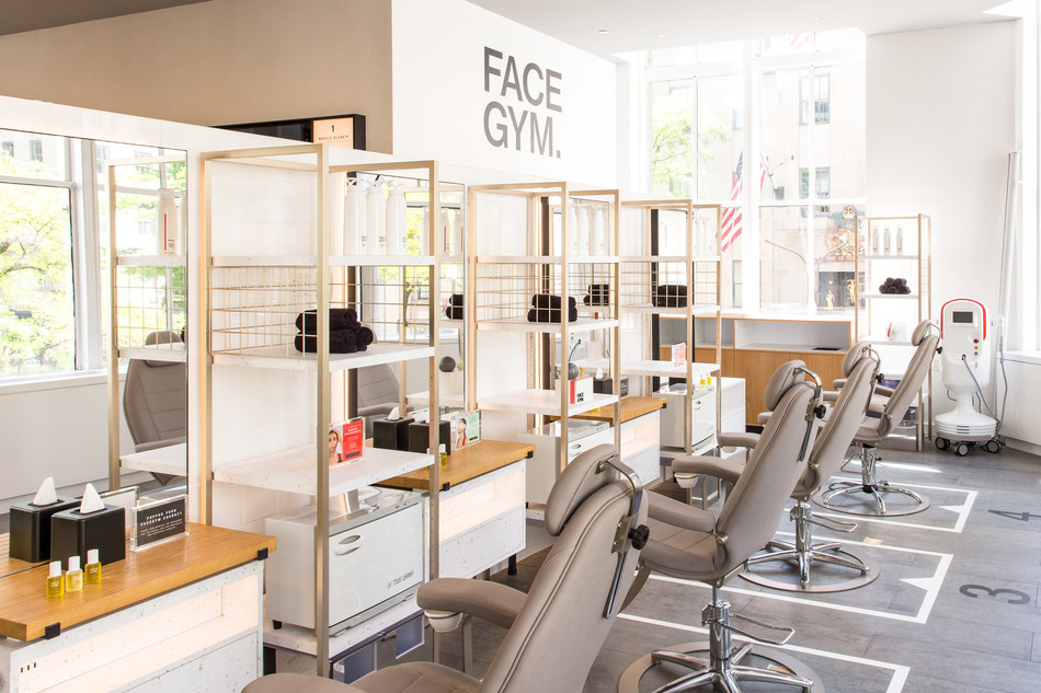 FaceGym at Saks Fifth Avenue New York, Beauty on 2 (Courtesy of Justin Bridges for Saks Fifth Avenue)