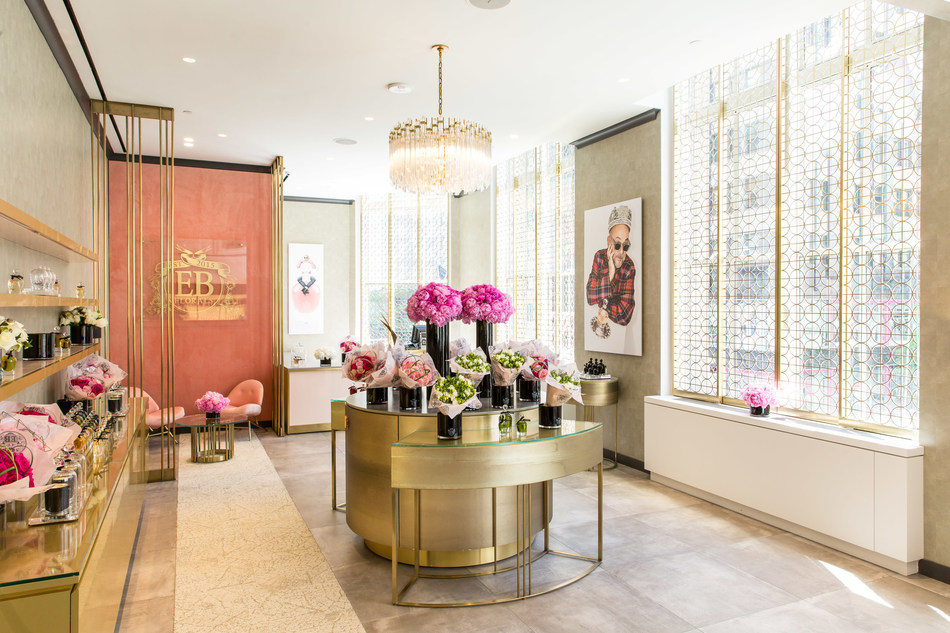 EB Florals at Saks Fifth Avenue New York, Beauty on 2 (Courtesy of Justin Bridges for Saks Fifth Avenue)